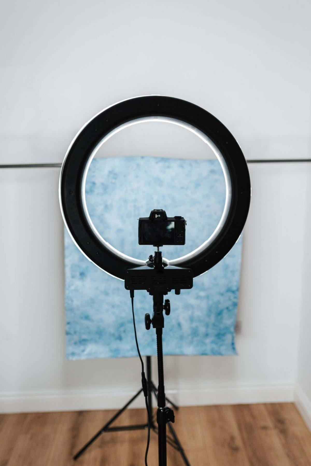 product photography - tripod