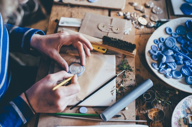 low-cost online business - sell handmade products