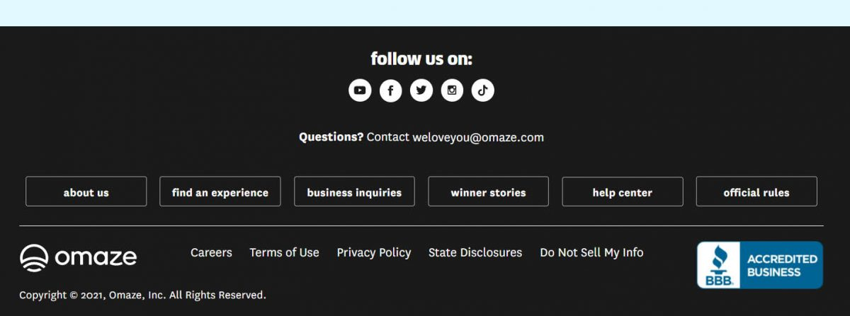 social media trust icons on footer of Omaze